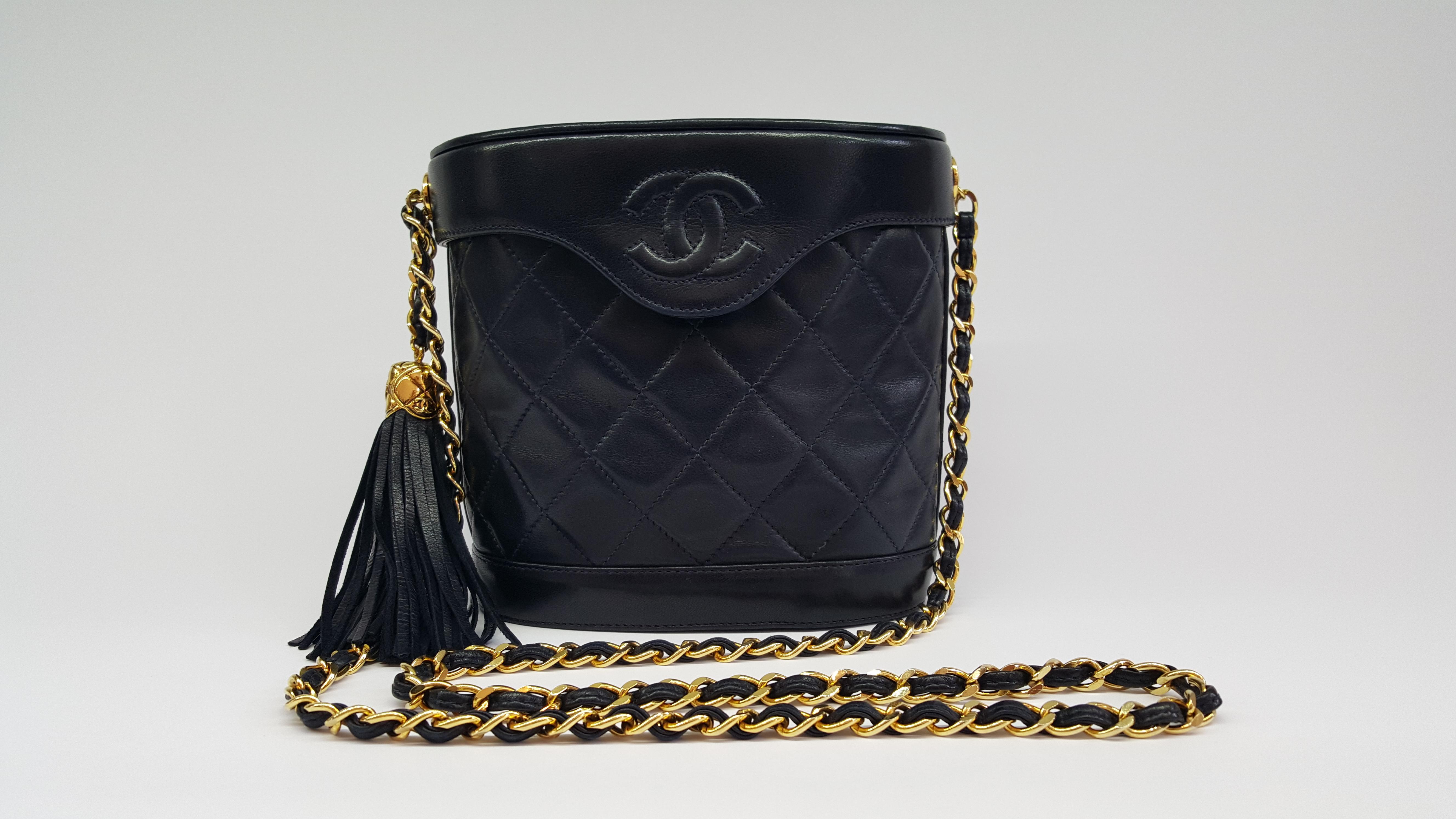7d0a2256decc Chanel vintage ''bucket'' bag - Vintage Shop in Mykonos
