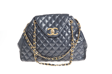 chanel pre-owned bag